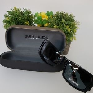 Authentic Harley Davidson shades with case